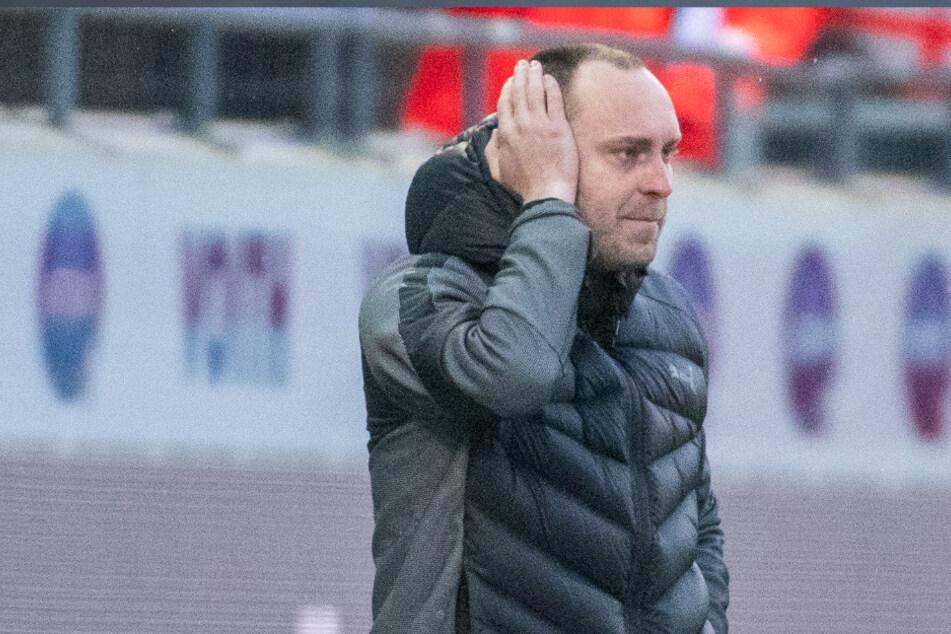 Kiel-Trainer Ole Werner (32) spricht sportlich und mental von enormen Auswirkungen, die die erneute Quarantäne mit sich bringt.