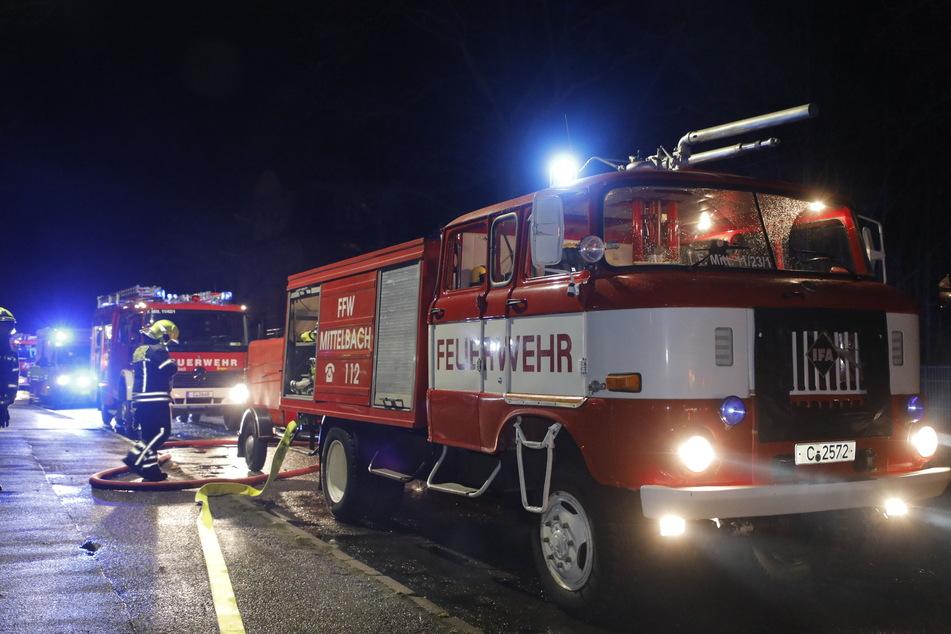 Die Feuerwehr beim Einsatz in Siegmar im Februar 2020.
