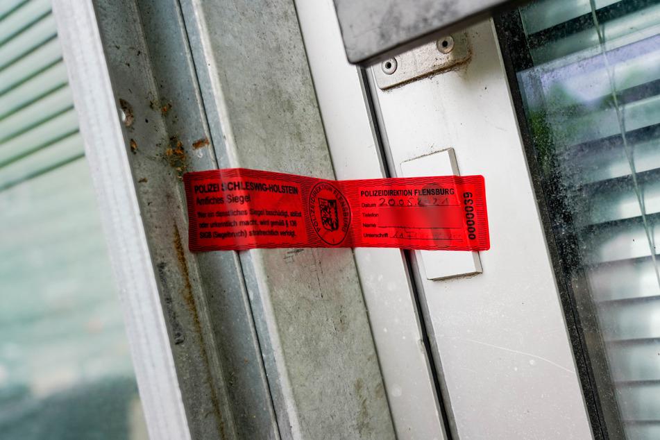 In einem Wohnhaus fand die Polizei einen weiteren Toten.