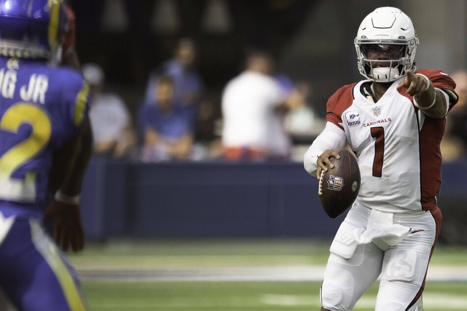 NFL: The Cardinals stay perfect after ending the Rams' own unbeaten start