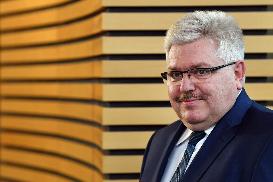 Kurt Herzberg ist Thüringens Bürgerbeauftragter. Bei ihm gilt seit Anfang März wieder Präsenzpflicht im Büro.