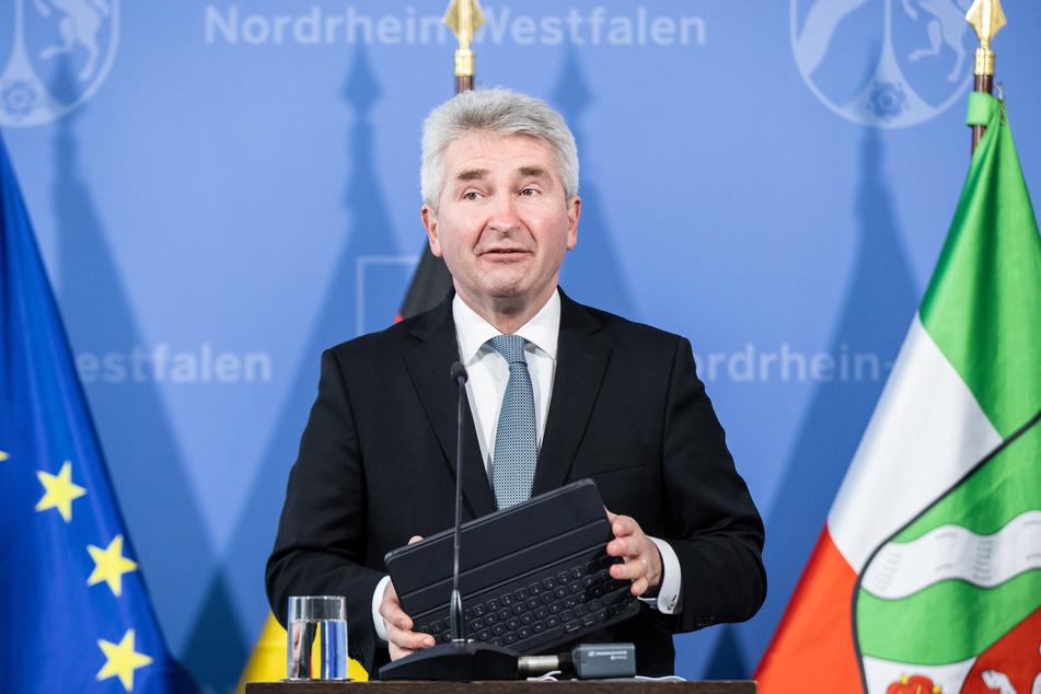 NRW-Wirtschaftsminister Andreas Pinkwart (FDP) fordert einen Öffnungsfahrplan für die Wirtschaft.