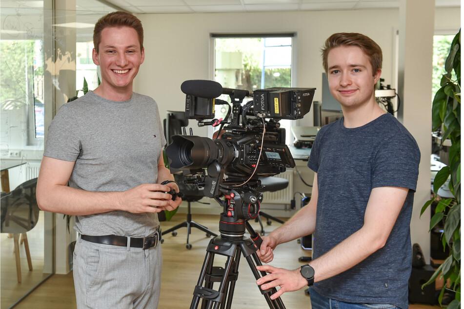 Die Jungunternehmer Theodor Glöer (21,li) und Alexander Heiß (21).