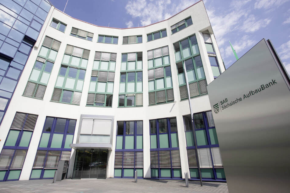 Zuständig für das Hilfsprogramm des Freistaates ist die Sächsische Aufbaubank.
