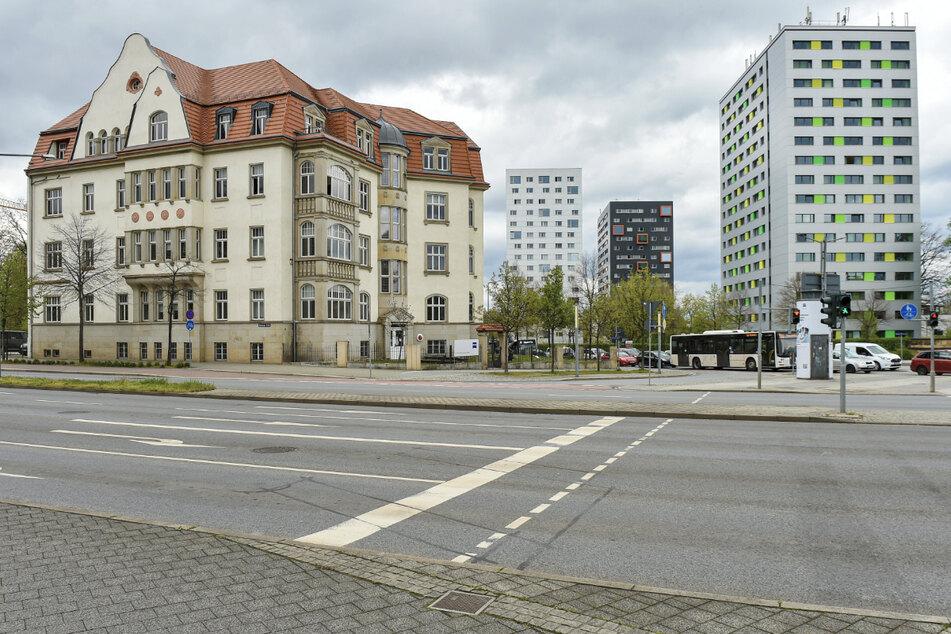 Der Dresdner Zeiss-Standort soll unter anderem an der linken Seite einen Anbau erhalten.