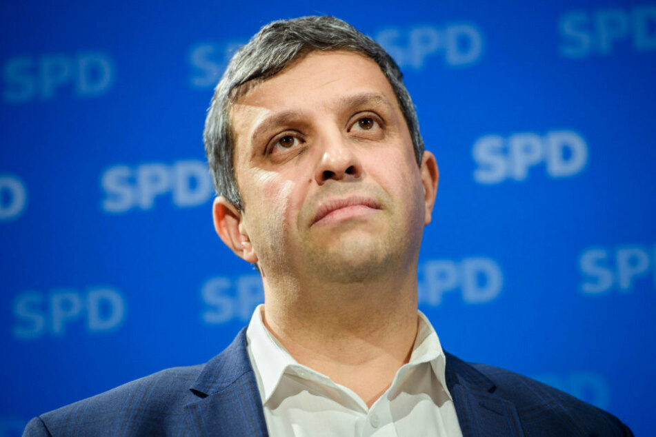 SPD-Fraktionschef Raed Saleh (43) sieht im umstrittenen Berliner Mietendeckel-Gesetz ein Vorbild für andere deutsche Städte.
