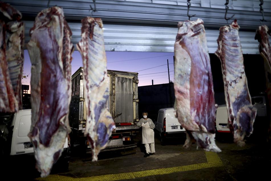Hunderte Corona-Infektionen in der Fleischindustrie sorgen für neuen Gesprächsstoff.