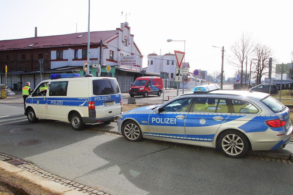 Die Bundespolizei kontrolliert verstärkt an der Grenze Ebersbach/Jirikov.