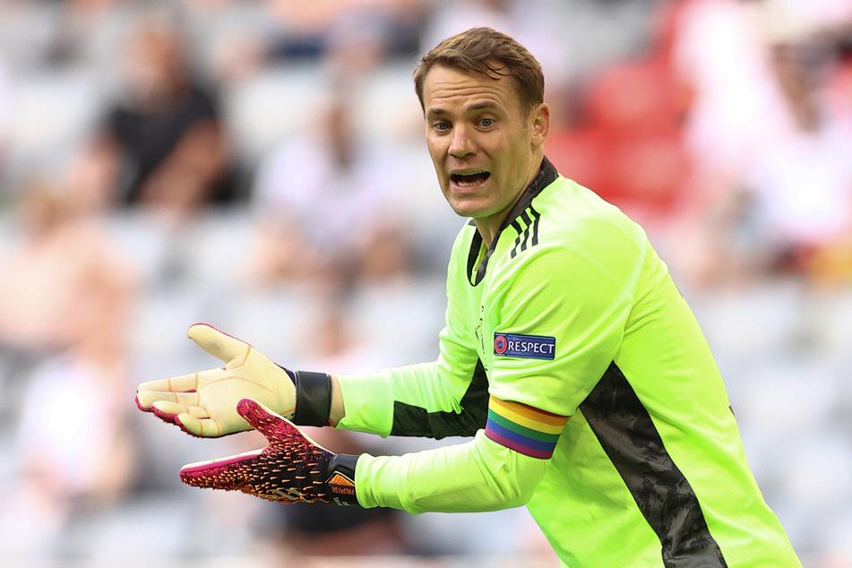 Kleine Geste mit großer Wirkung: Nationalkeeper Manuel Neuer (35) setzte mit einer Regenbogen-Armbinde beim EM-Spiel gegen Portugal ein klares Statement.