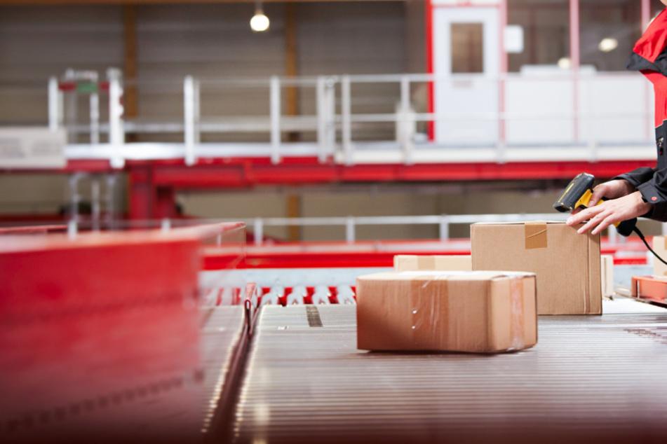 Am Standort des Paketdienstleisters in Krostitz sind 470 Mitarbeiter beschäftigt. (Symbolbild)