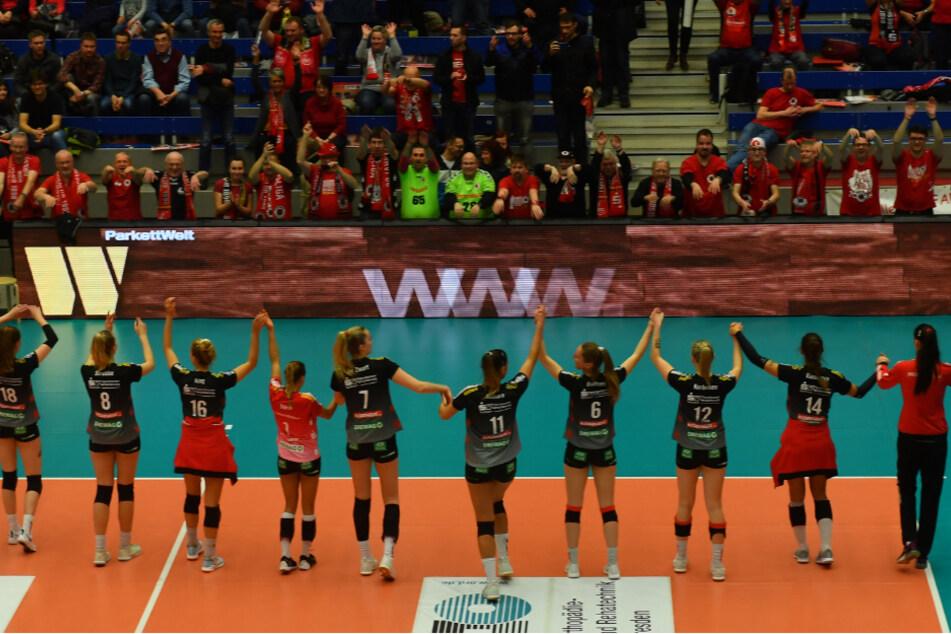 Auch die Volleyballerinnen vom Dresdner SC profitieren.