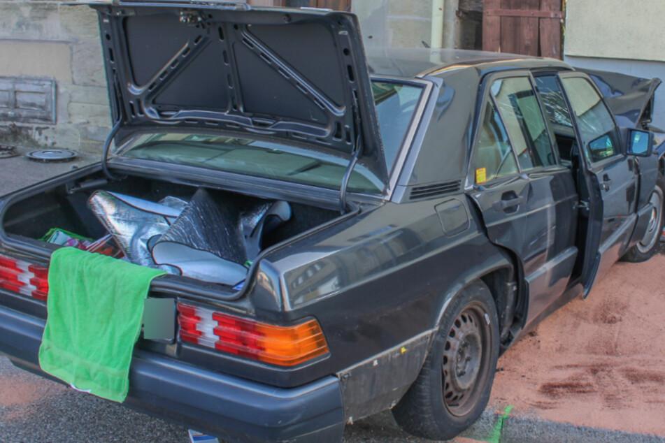 Die Fahrerin des Mercedes starb.