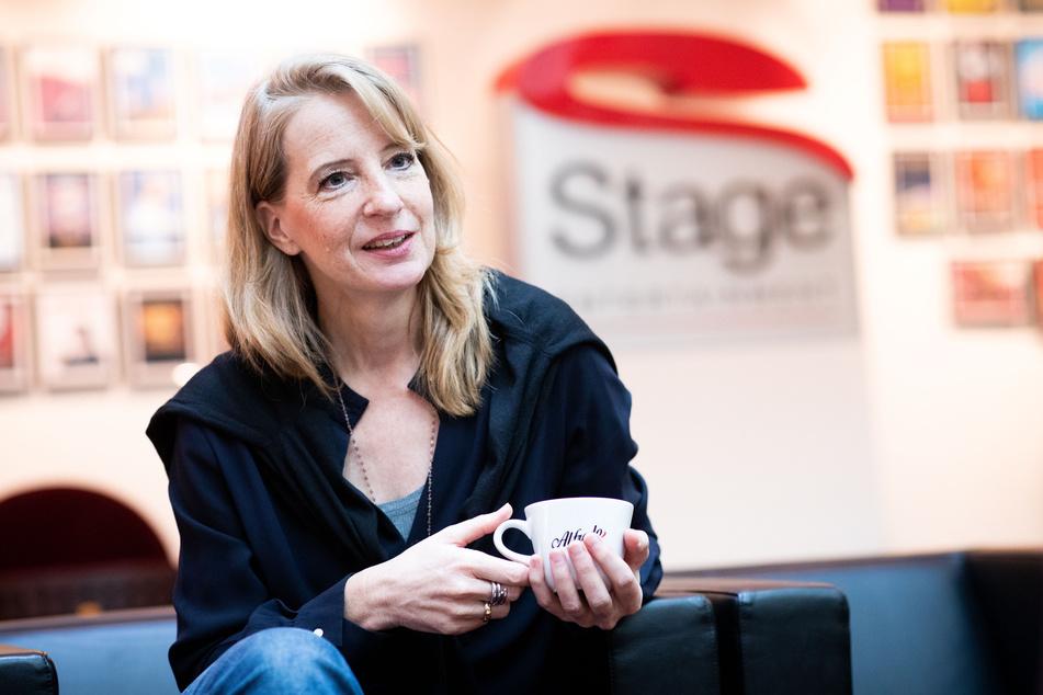 Uschi Neuss, Geschäftsführerin Stage Entertainment Deutschland, spricht bei einem Interview mit der dpa in der Zentrale des Musical Veranstalters.