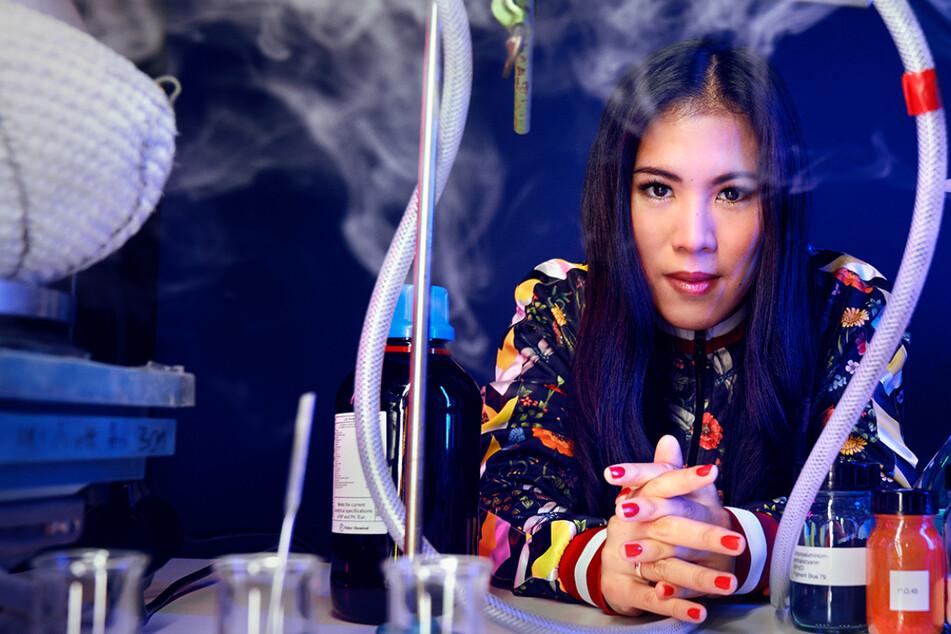 """Wunderwelt Chemie"": Mai Thi Nguyen-Kim bekommt Doku-Show im ZDF"