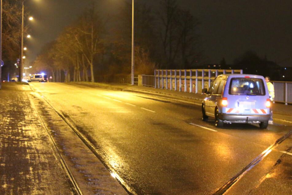 Er soll angetrunken gewesen sein: 58-Jähriger will Straße queren und wird von Auto erfasst