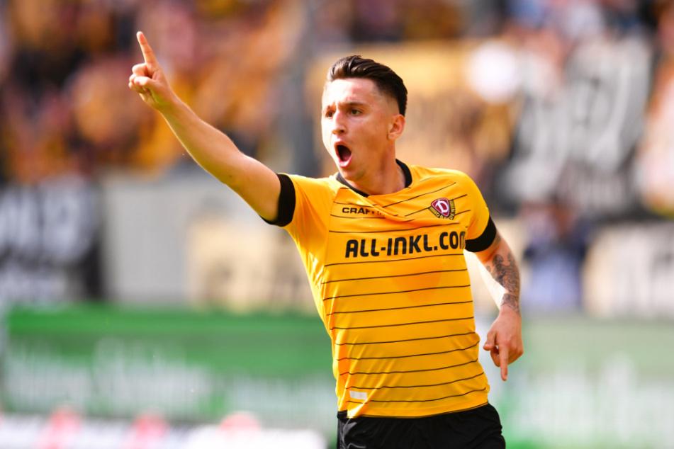 Zu wenig so! Baris Atik erzielte in 51 Spielen für Dynamo nur sechs Tore, in der abgelaufenen Serie kein einziges. Hier jubelt er am 34. Spieltag der Saison 2018/19, als er Paderborn beim 3:1-Sieg mit einem Dreierpack quasi im Alleingang abschoss.