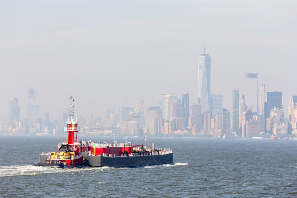 New York has one of the busiest harbors in the world (stock image).
