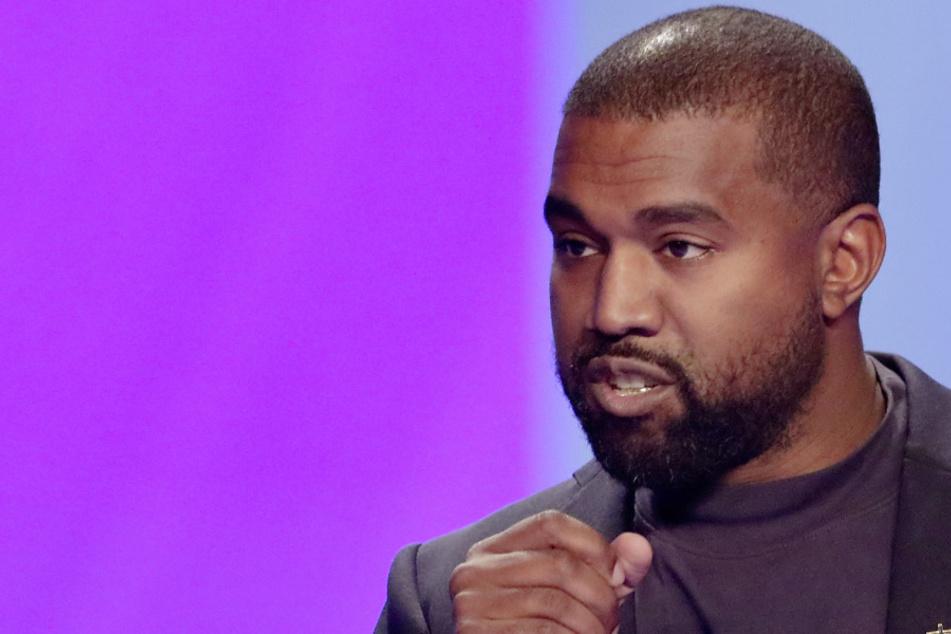 Kanye West entscheide dich mal! Rapper steht jetzt doch auf Wahlzettel