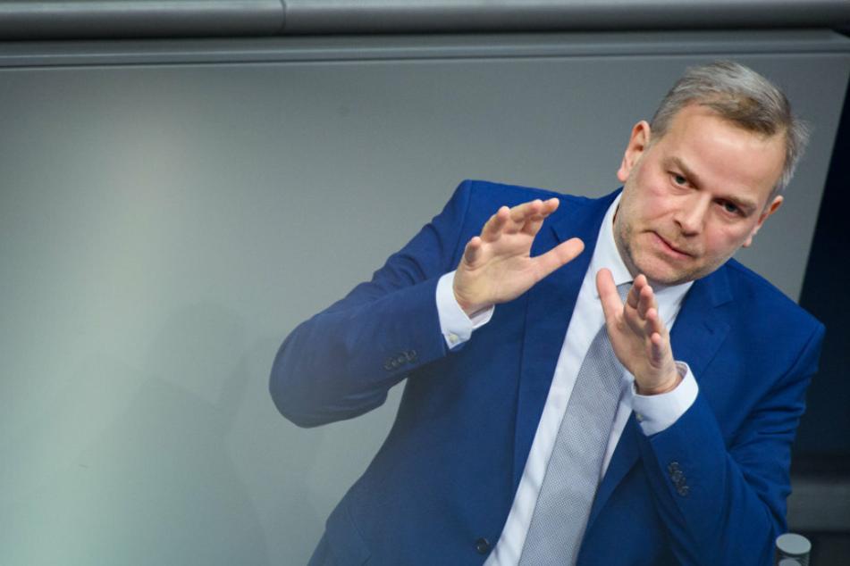 "AfD-Landeschef Holm fordert ""nationales Corona-Immunitätsregister"""