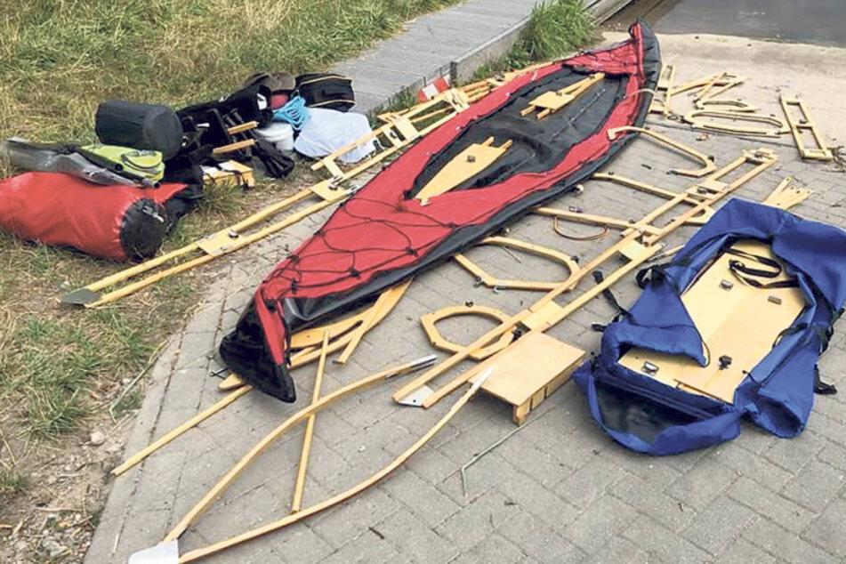 Zuerst alle Faltbootteile fein hinlegen - dann kann beim Zusammenbau nichts schiefgehen.