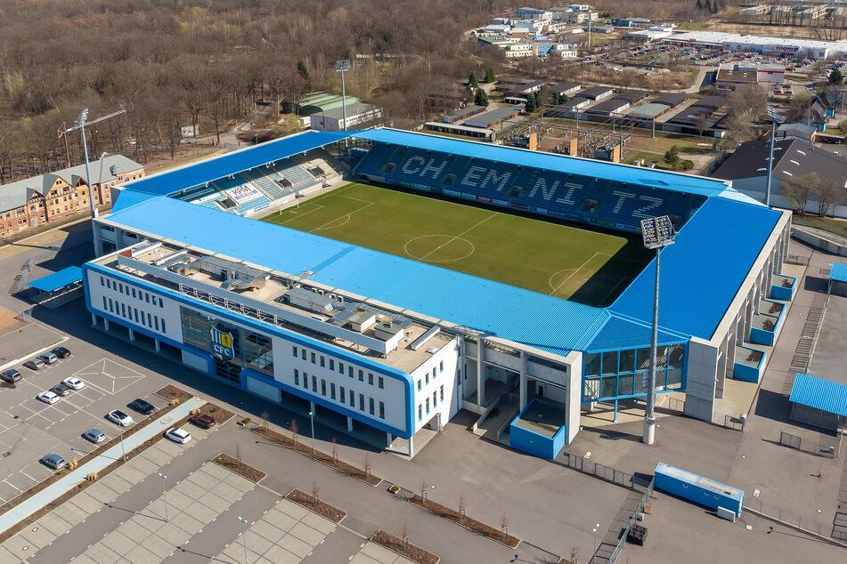 Im Stadion an der Gellertstraße trägt normalerweise der CFC seine Heimspiele aus. Bald steht hier Stadtpolitik auf dem Spiel.
