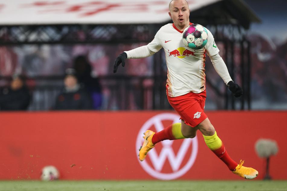 Angelino (24) wäre am Samstag beim Spiel von RB Leipzig bei Werder Bremen gern mit auf dem Platz. Immerhin steht der Spanier aber zumindest im Kader.