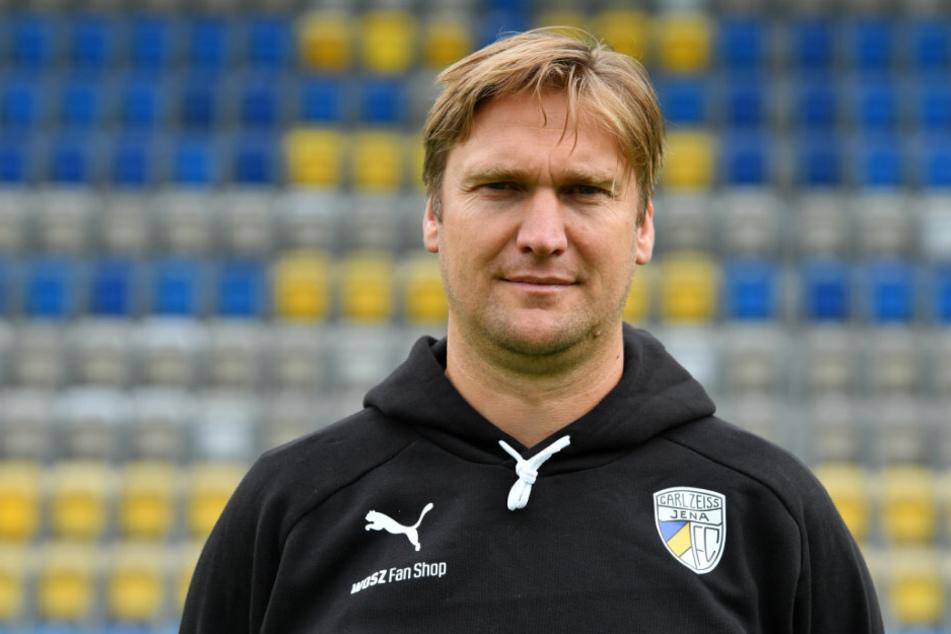 Jena-Trainer Kenny Verhoene kann noch nicht wieder ins Mannschaftstraining einsteigen.