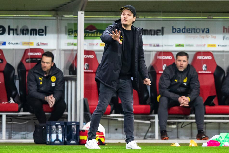 BVB-Coach Edin Terzic (38) hat die Probleme seiner Mannschaft bislang nicht in den Griff bekommen bzw. abstellen können.