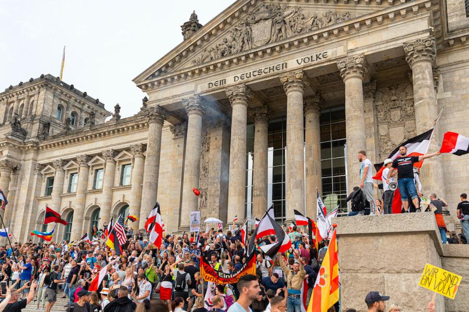 Rede bei Berliner Corona-Demo: Konsequenzen für bayerischen Polizisten