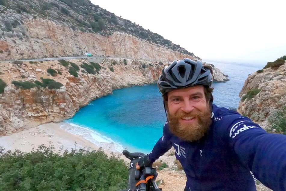 Verrückte Weltumrundung in der Pandemie: Nun sitzt Extremsportler in der Türkei fest
