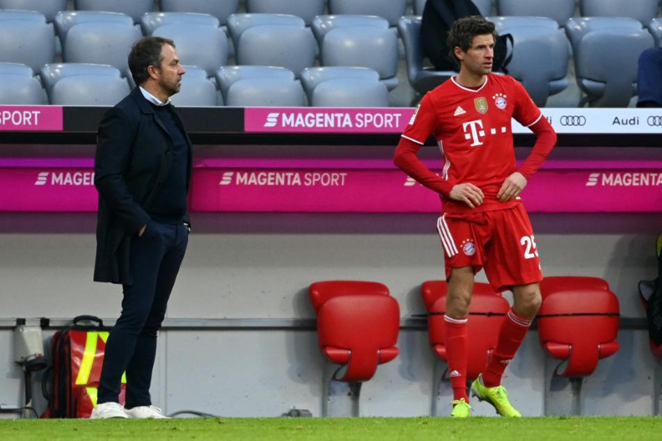 Hansi Flick (56) kann wieder auf Thomas Müller (31) zurückgreifen.