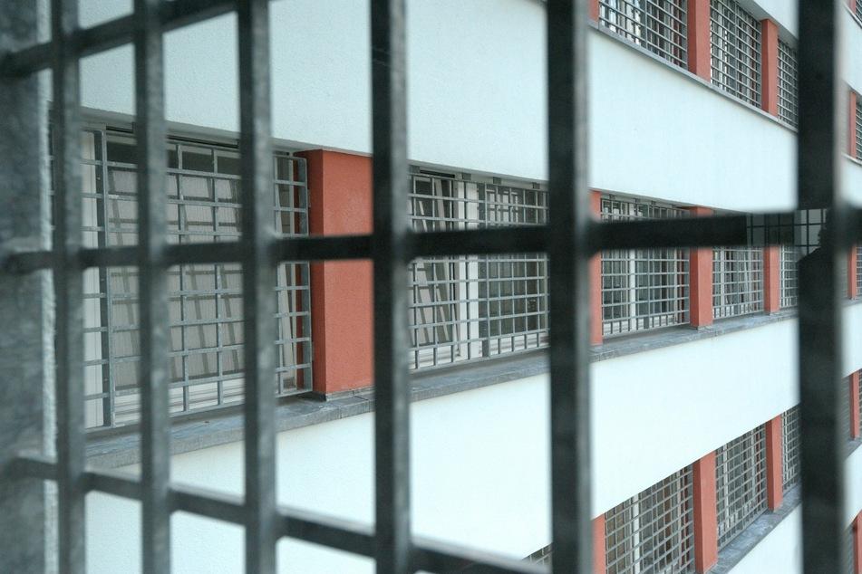 Sachsen verschiebt in der Corona-Krise den Vollzug einiger Haftstrafen.