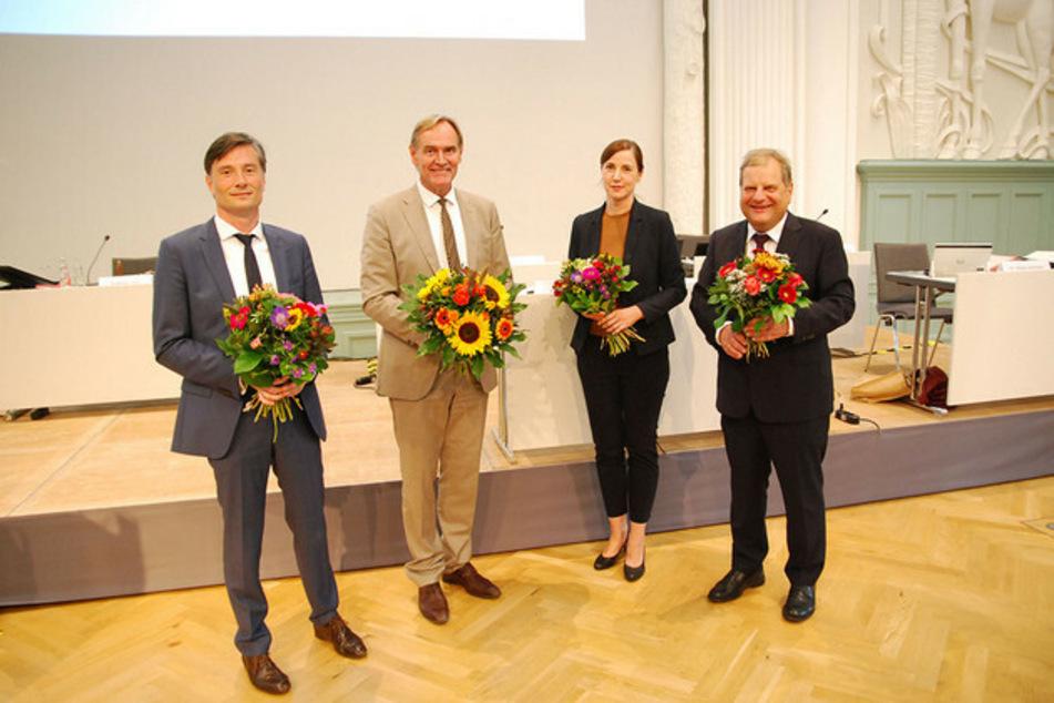 Von links: Heiko Rosenthal, Oberbürgermeister Burkhard Jung, Vicki Felthaus und Prof. Dr. Thomas Fabian.