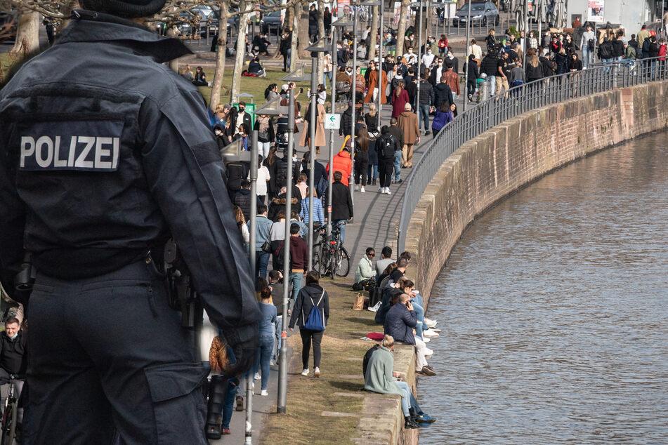 Die Rettungsaktion der Polizei blieb erfolglos. (Symbolfoto)