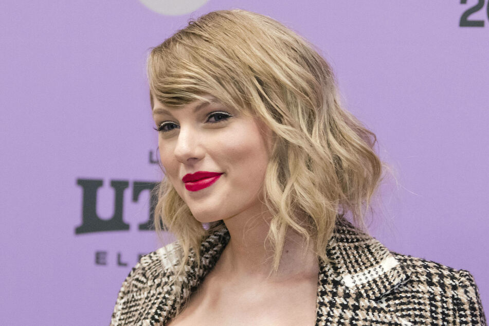 Taylor Swift close to breaking Whitney Houston's record in the charts