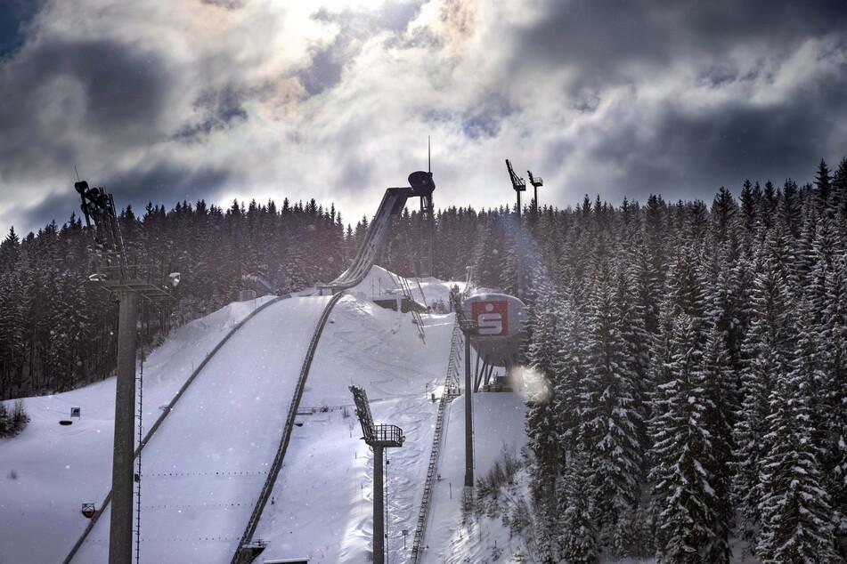 Die Skiarena Klingenthal: Von hier aus setzten die sportlichen Ungunternehmer zum großen Sprung an.