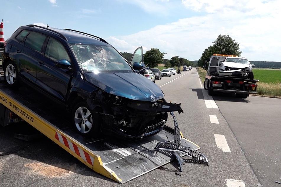 An beiden unfallbeteiligten Fahrzeugen entstand Totalschaden.