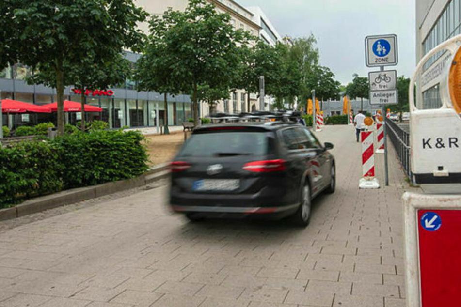 Chemnitz: Irre! Umleitung führt mitten durch Chemnitzer Fußgängerzone