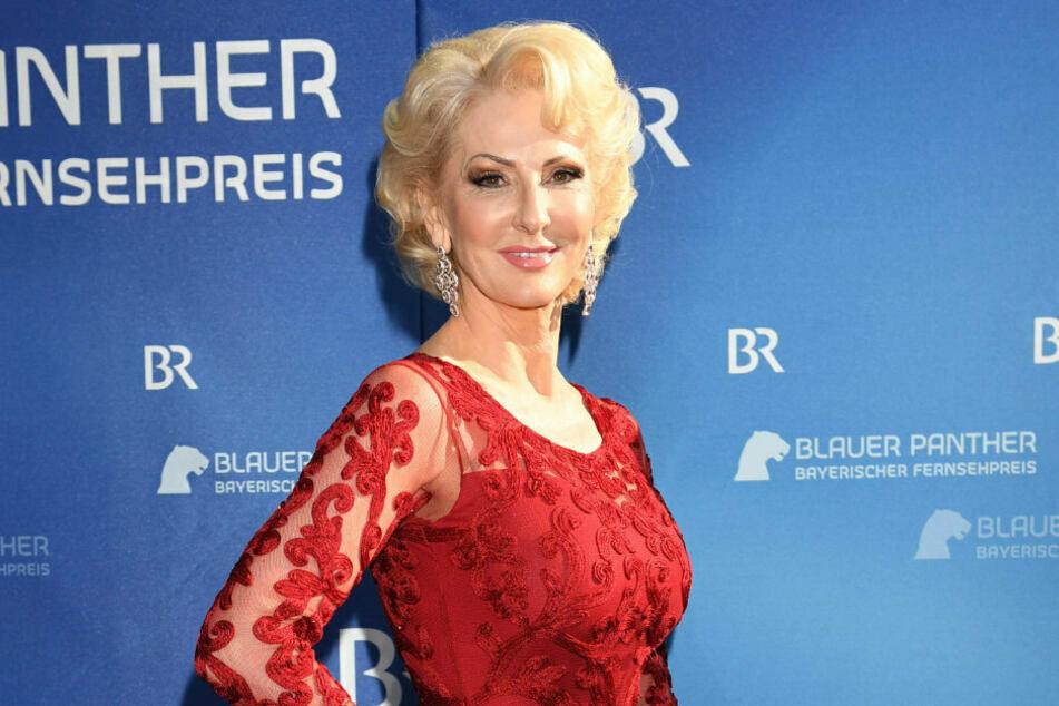 Désirée Nick (63) kommt zur Verleihung des Bayerischen Fernsehpreises 2019 ins Prinzregententheater.