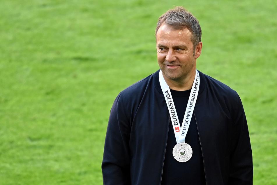 Hansi Flick (56) hat Kontakt zu seinem Nachfolger beim FC Bayern München, Julian Nagelsmann (33), aufgenommen.