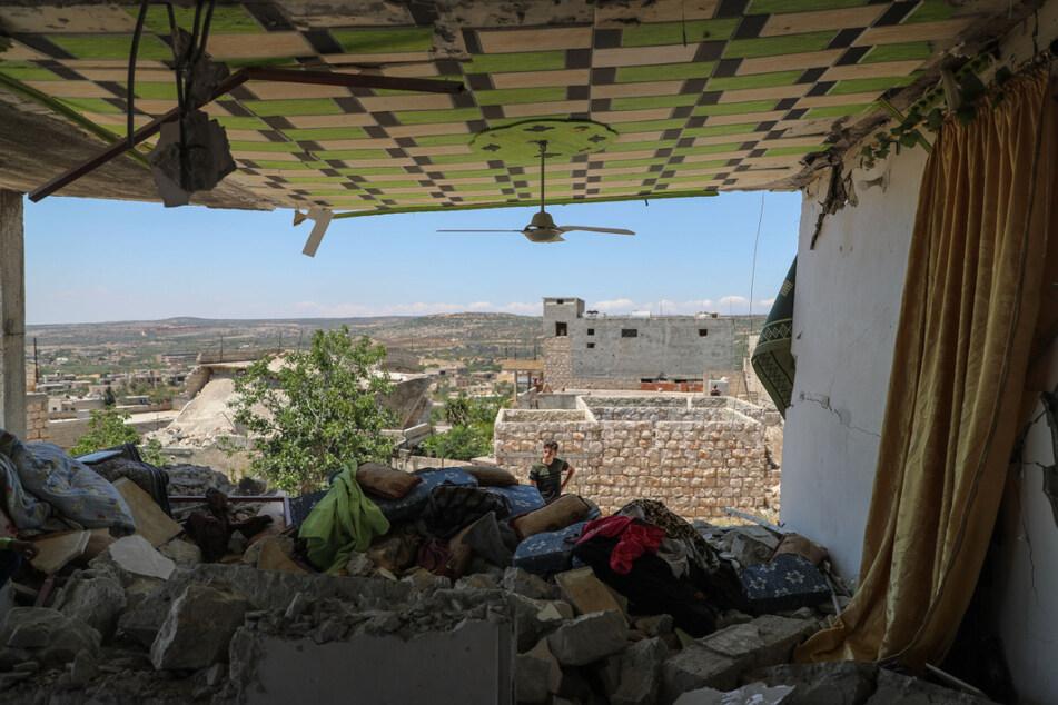 Ein beschädigtes Haus in Al-Bara in der von Rebellen kontrollierten syrischen Provinz Idlib. Vor Corona galt die Reisewarnung nur für Krisengebiete.