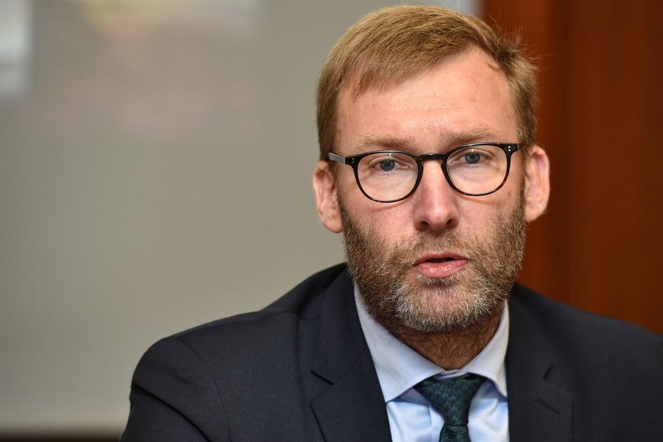 Geschäftsführer Jörg Scharfenberg (46) ist stolz, diese Innovation den Patienten in Dresden anbieten zu können.