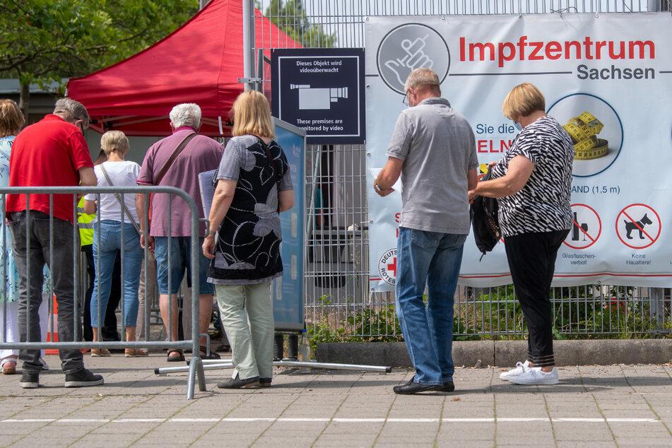 Das Leipziger Impfzentrum ist mit den im Schnitt meisten Impfungen pro Tag das größte in Sachsen.