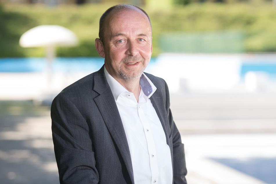 Bäder-Chef Matthias Waurick (58) zögerte lange mit den Öffnungen nach Corona, so sollte seine Bäder GmbH wirtschaftlich bleiben.