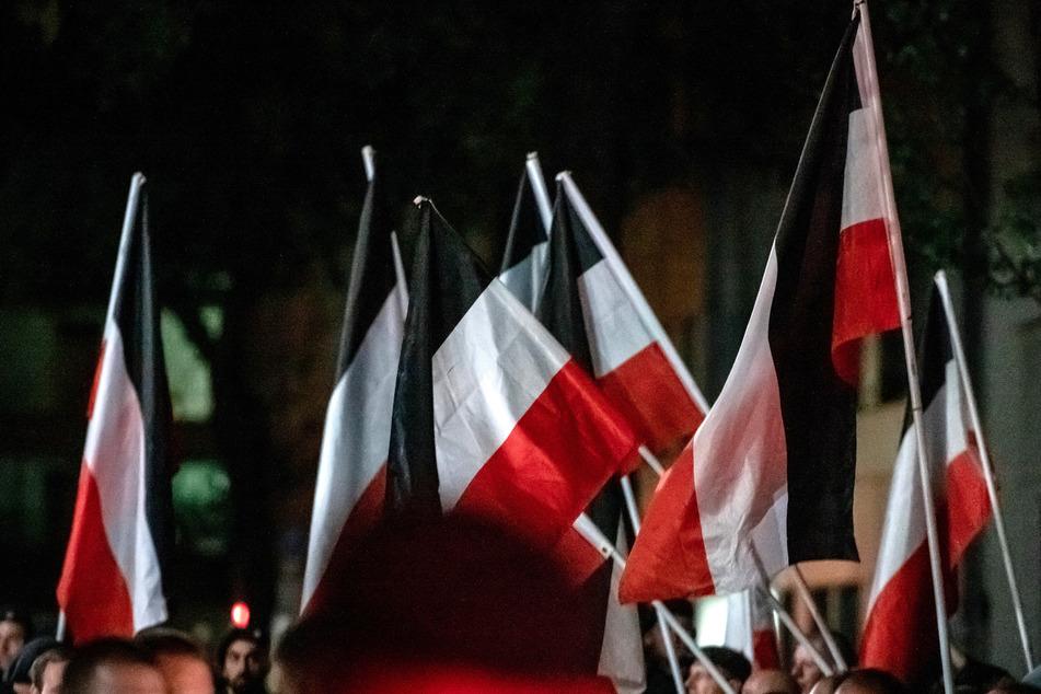 Dürfen Nazi-Demos in NRW bald verboten werden?