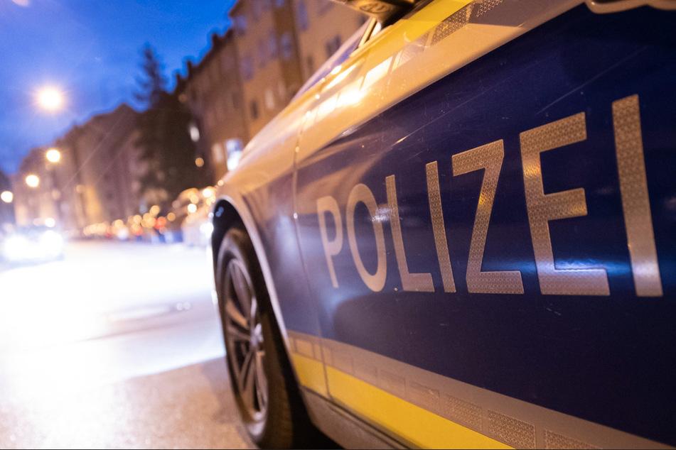 Die Polizei nahm den 20-Jährigen in Gewahrsam und erstatte Anzeige (Symbolbild).