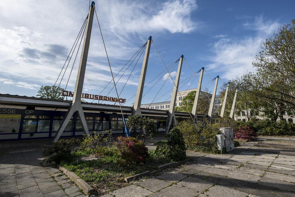 Der Erhalt des Pylonendachs vom Busbahnhof liegt dem Denkmalschützer besonders am Herzen.