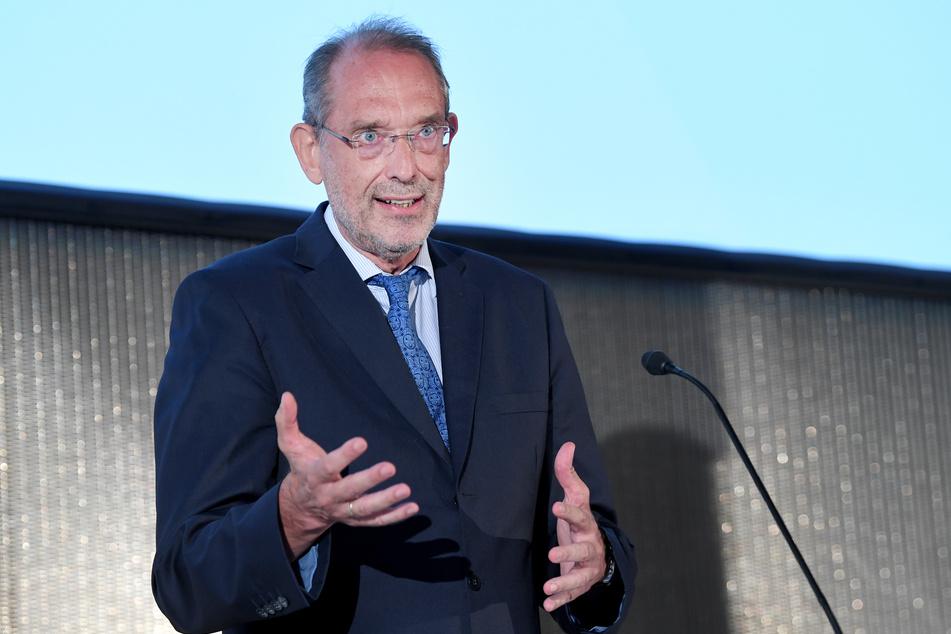 Heinz Faßmann (ÖVP), Bildungsminister von Österreich, spricht im Rahmen einer Pressekonferenz zum Schulbeginn im Herbst.