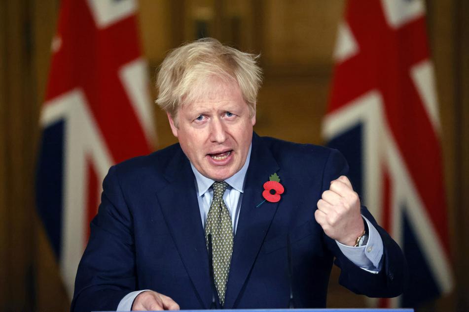 Boris Johnson, Premierminister von Großbritannien, spricht während einer Pressekonferenz zum Thema Corona-Pandemie in der Downing Street.