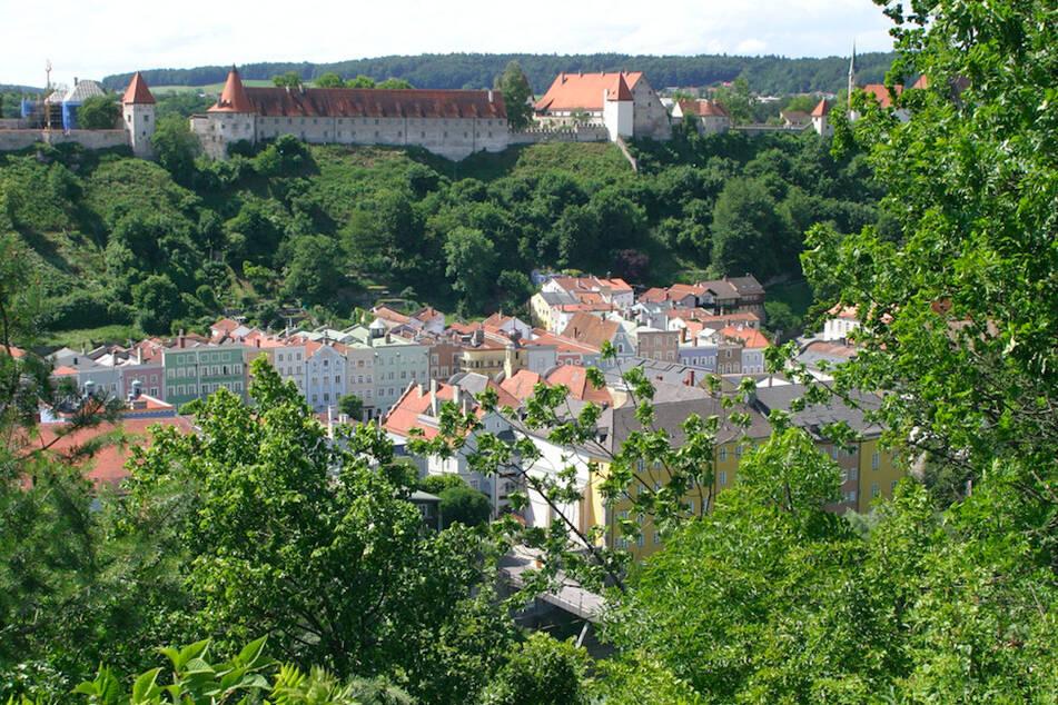 Die Burg von Burghausen ist mit einer Länge von über 1000 Meter die längste Burganlage der Welt.